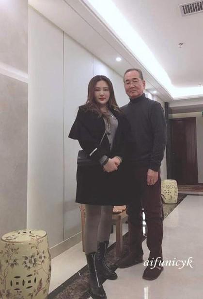 桂林女性2.jpg